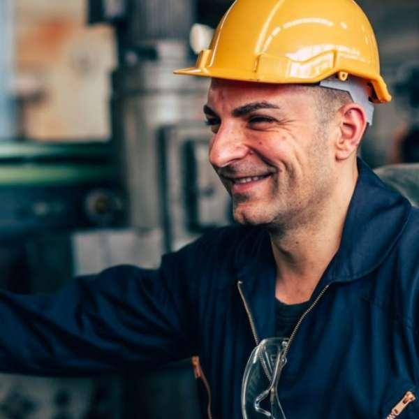 refinery worker2